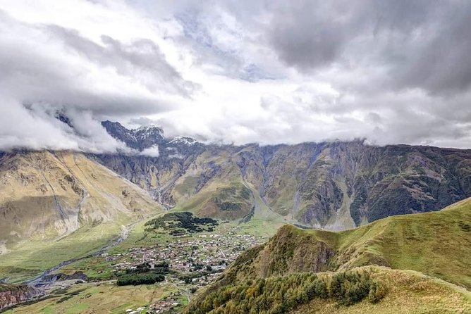 Amazing Private Tour to Unforgettable Kazbegi