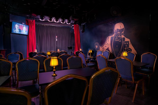 (Thursday 7pm) House Magicians' Comedy Magic Show at Smoke & Mirrors