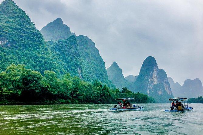Private Bamboo Rafting down the Li River & Countryside Bike tour in Yangshuo