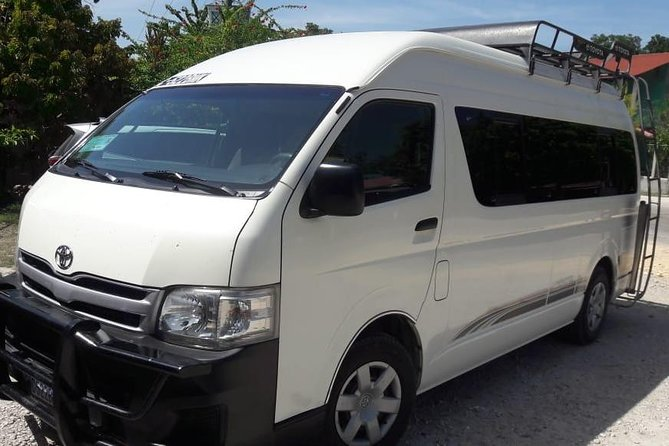Round-Trip Private Transfer to Tikal from Flores