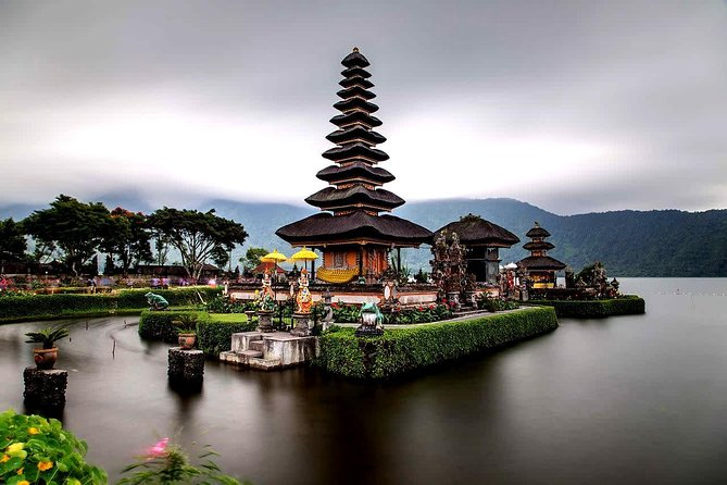 Ulun Danu Beratan Temple and Hidden Waterfalls