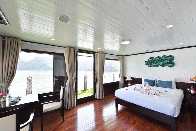 Ha Long Bay -Lan Ha Bay Luxury 4 Star Cruise with Jacuzzi Bathtub-2 Days 1 Night