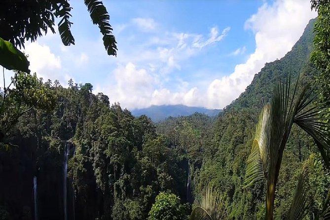Ulun Danu Beratan Temple and Hidden Waterfalls