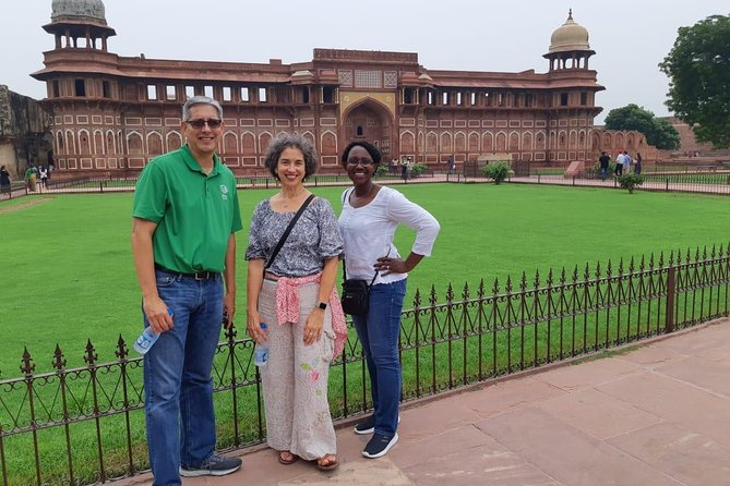 Taj Mahal & Agra Fort Tour with Fatehpur Sikri from Agra