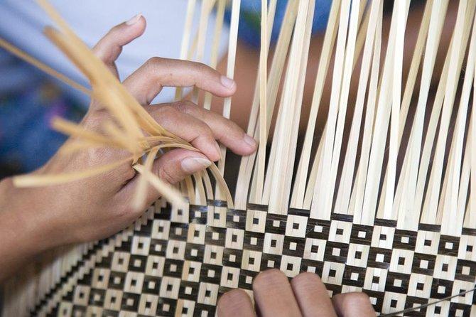 Lombok's Basket & Local Crafts Tour