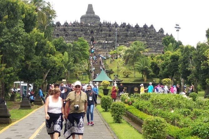 Cruisile Line Semarang Port. ( Borobudur Unesco Sitte )