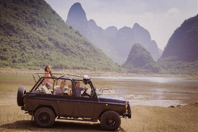 THE PEAK RIDE: Private tour in nature in vintage convertible jeep
