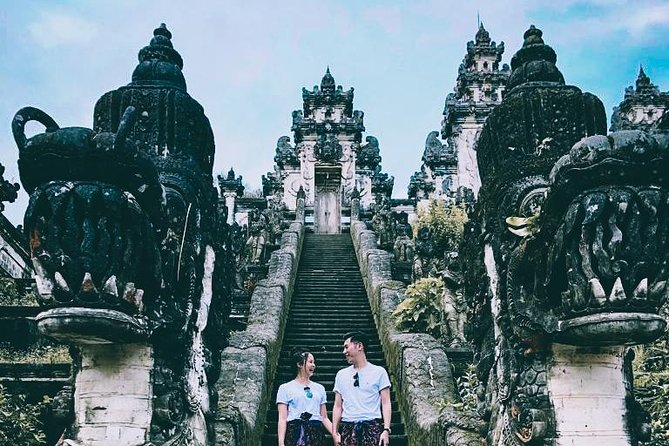 East Bali Tour :Heavens Gate, Scenic Water Palace, and Fascinating Waterfall