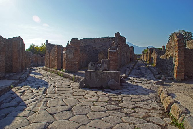 Visit Pompeii and Amalfi Coast from Rome — Private Tour by Car