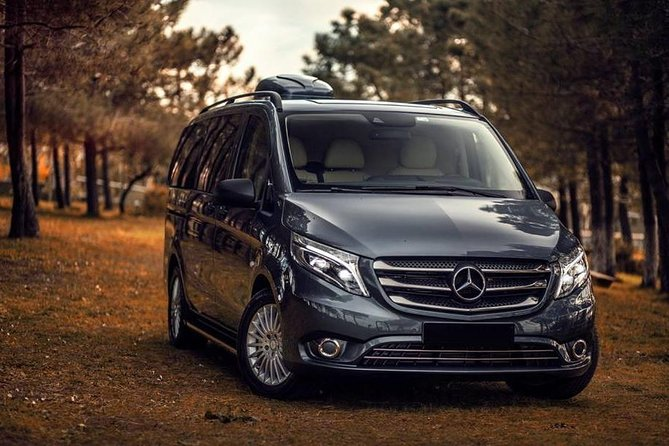 Antalya Airport (AYT) to Antalya City Center Transfer - VIP Minivan