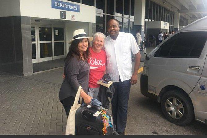 Airport Transfer to Grand Bahia Principe (Round-Trip)