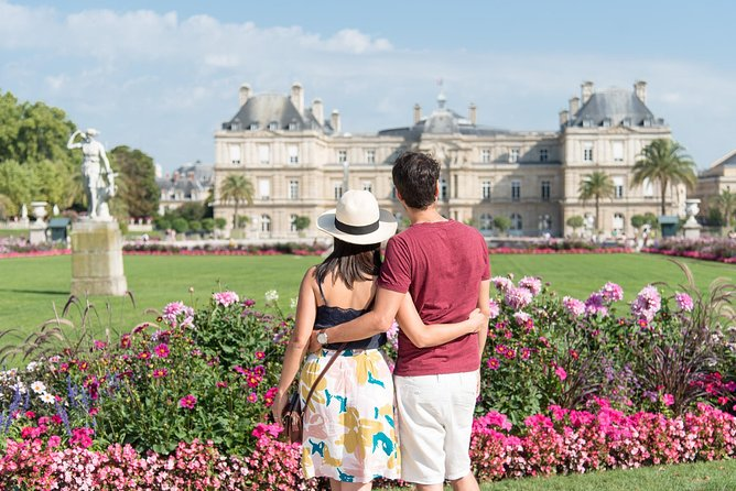 CHARMING PARIS: Half day guided visit and photo reportage