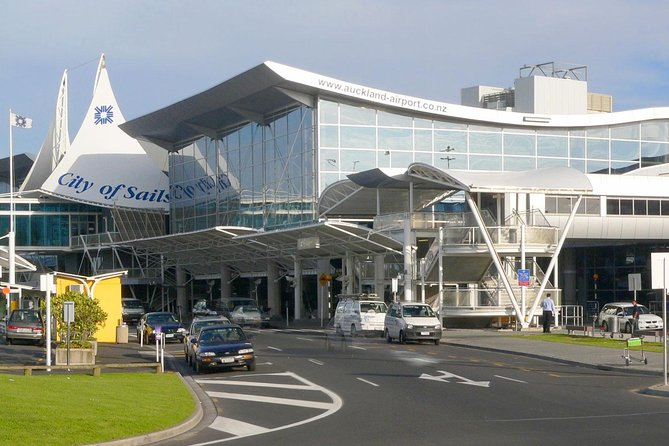 Private Auckland Airport Pickup
