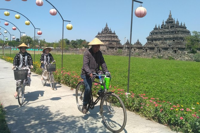 Authentic Bicycle Tour