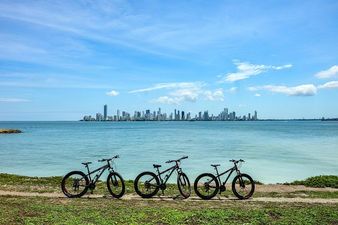 Mountain biking in Tierra Bomba Island