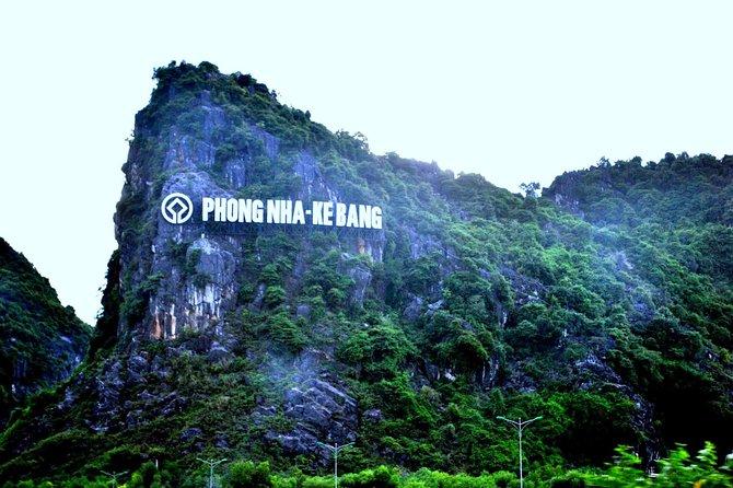 Big Group: Phong Nha Cave from Hue