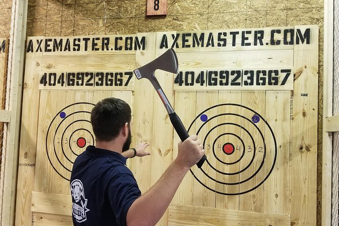 One Hour Axe Throwing Session