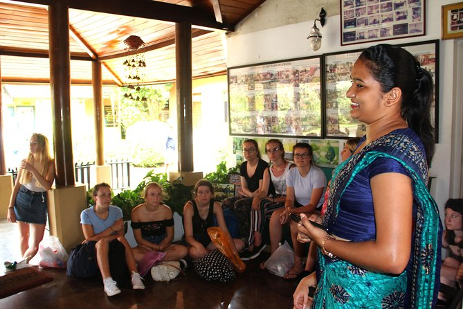 Visit to the Foundation of Goodness - village in the wake of a Tsunami wave