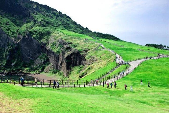 Private Full Day Tour of UNESCO Heritage Sites in East Jeju Island