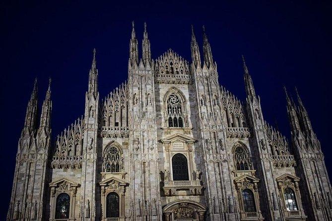 MILAN PRIVATE WALKING TOUR BY NIGHT: AMAZING MILAN - 2 h
