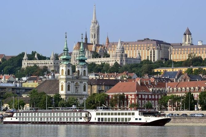 Best of Budapest Private Walking Tour photo 1