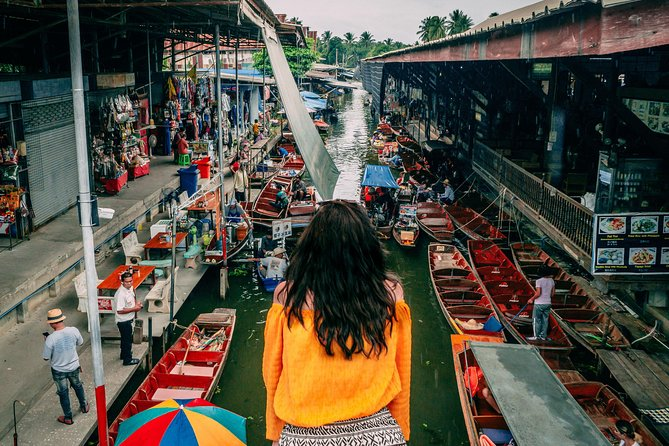 Damnoen Floating Market & Maeklong Railway Market Small Group Tour