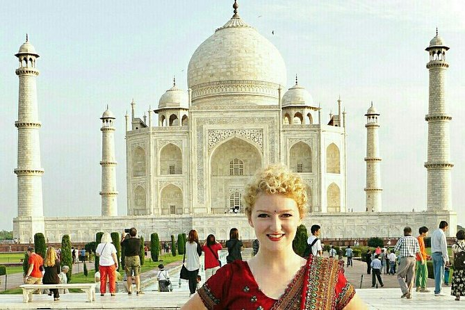2 days private tour of tajmahal from bangalore including air fare ,car &driver