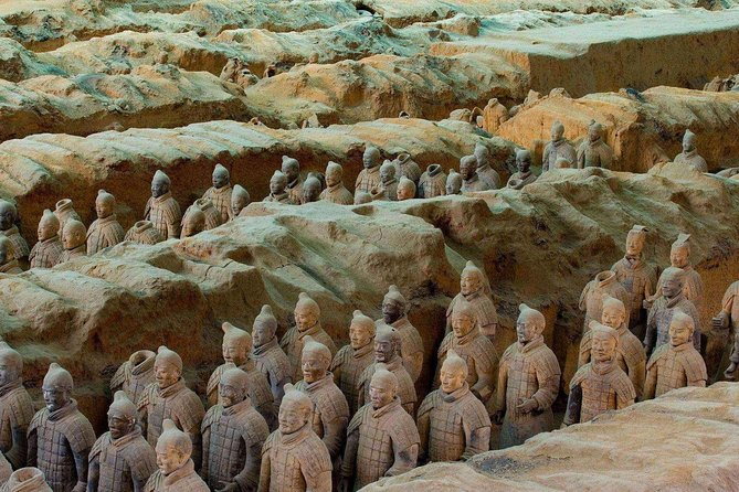 Xi'an Private Day Tour from Beijing by Air: Terracotta Warriors and City Wall