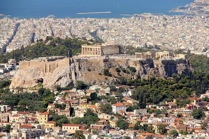 Private 4-hour Tour of Athens with driver and guide (cruise or hotel pick up)