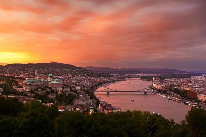 Evening Cruise on the Danube with Optional Drinks, Budapest, HUNGRIA