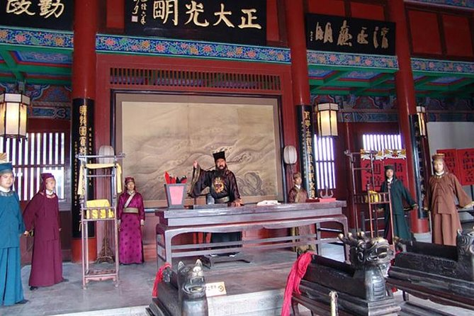 Private day tour Kaifeng Mansion dragon Pavilion Iron pagoda from zhengzhou