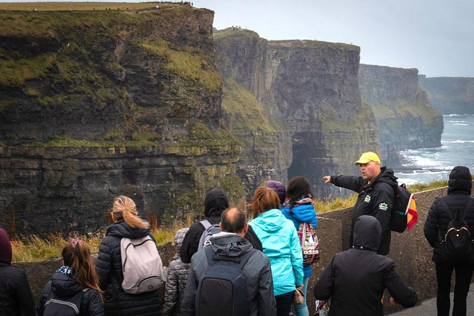 Cliffs Of Moher Tour In Spanish