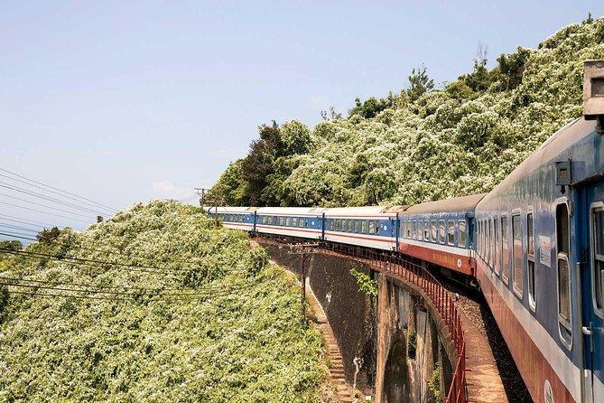 Train ticket Hanoi - Lao Cai - Hanoi by SAPALY