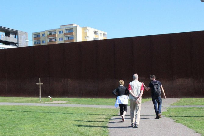 Expert Led Private Tour of the Berlin Wall