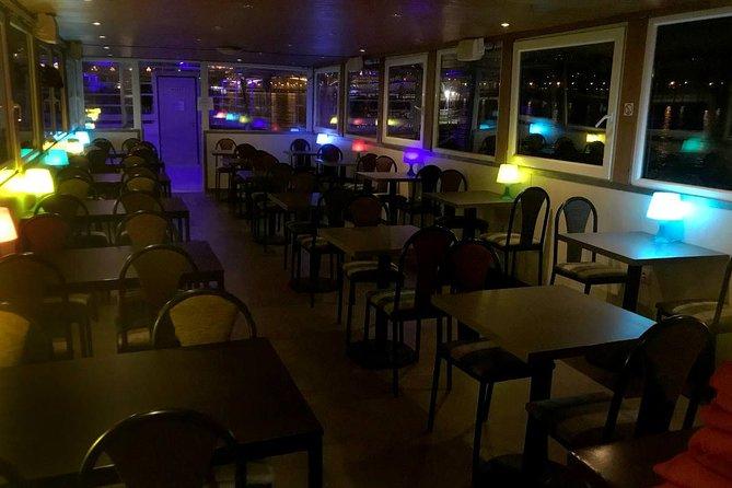 Crucero turístico por Budapest por la noche, Budapest, HUNGRIA
