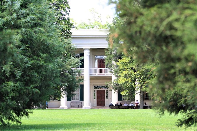 Historic Nashville Bus Tour with Andrew Jackson's Hermitage & State Museum