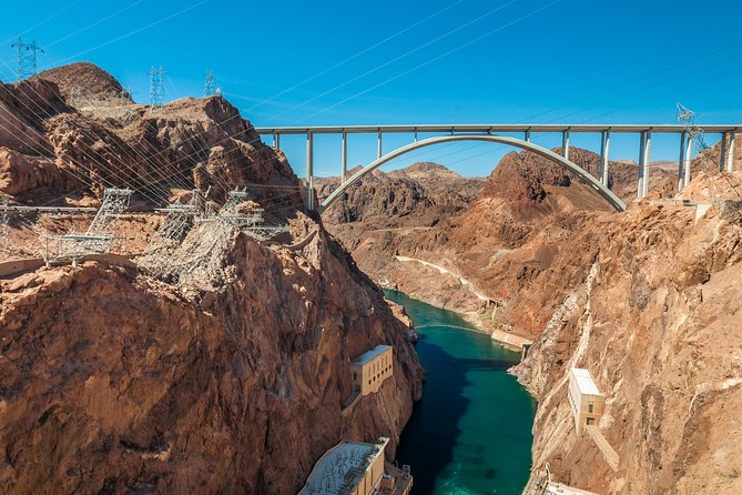 3-in-1 Hoover Dam Tour with Generator Room, Bridge, and Museum