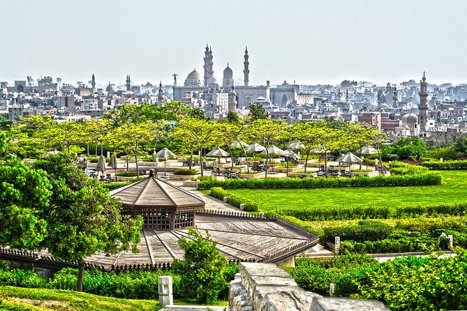 Private Tour to El Moez St. and Al Azhar Park with Dinner