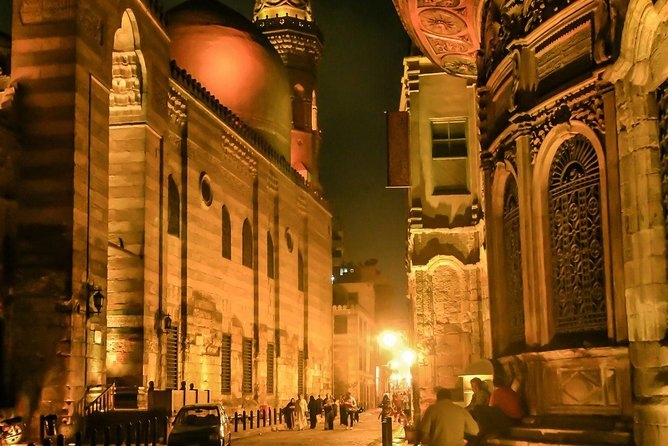 Private Tour To El-Moez Street and Cairo tower