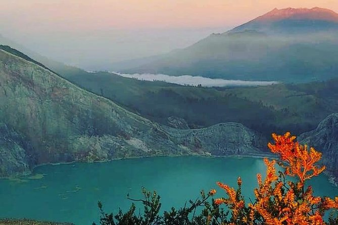 Mount Ijen Trekking Tour From Bali