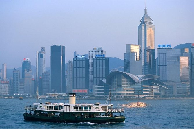 Shuttle Bus Service Between Airport and Hotels in Hong Kong
