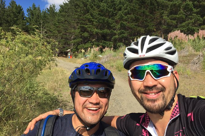MTB in Auckland forests and New Zealand craft beers photo 4