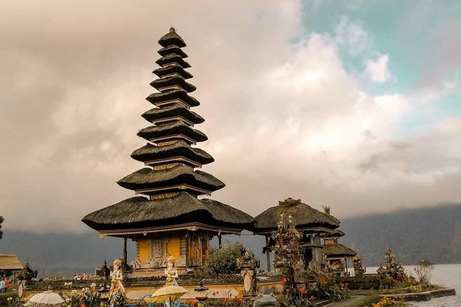 Full Day Tour: Bedugul & Tanah Lot Temple Tour