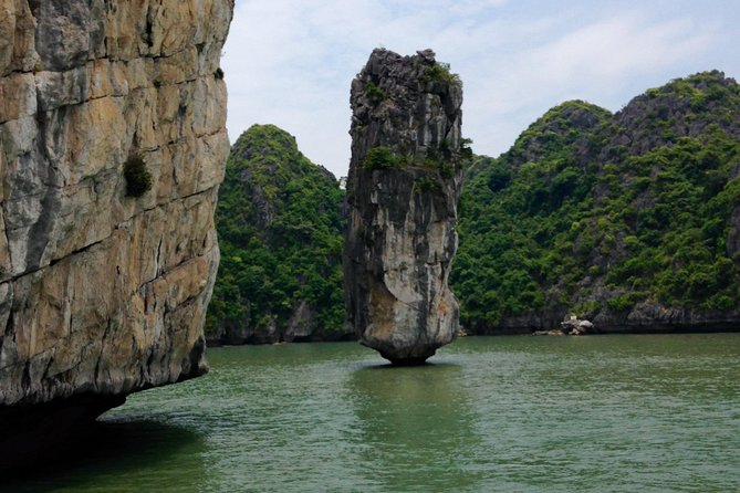 Fullday Lan Ha - Ha Long bay with local experts