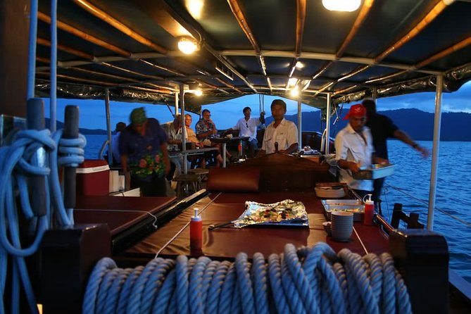 Dinner Cruise Phang Nga Bay by June Bahtra photo 1