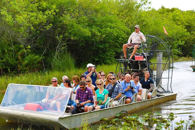 Viaje de medio día en autobús a Everglades con Airboat Ride y Wildlife Exhibit