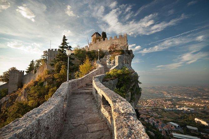 Dagtrip naar San Marino Republic en Bologna vanuit Florence