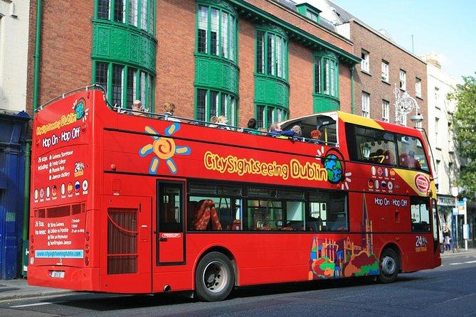 Hop-on-Hop-off-Stadtrundfahrt durch Dublin