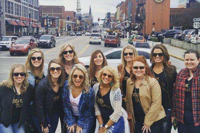 Nashville's Pub Crawl en Historic Broadway