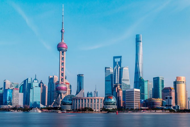Private Layover Tour of Shanghai Zoo, Oriental Pearl Tower, the Bund and More